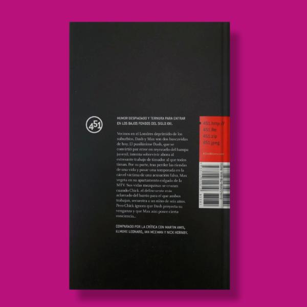 Clarke street 64 - Andrew Holmes - 451 Editores